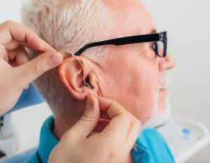 adjusting a hearing aid